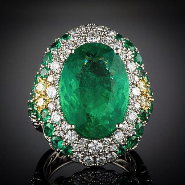 Robert Pelliccia 18kw Brazilian Oval Emerald & Diamond Ring Front View