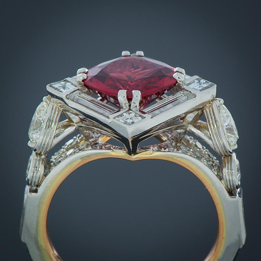 Robert Pelliccia Red Spinel & Diamond Platinum Ring profile