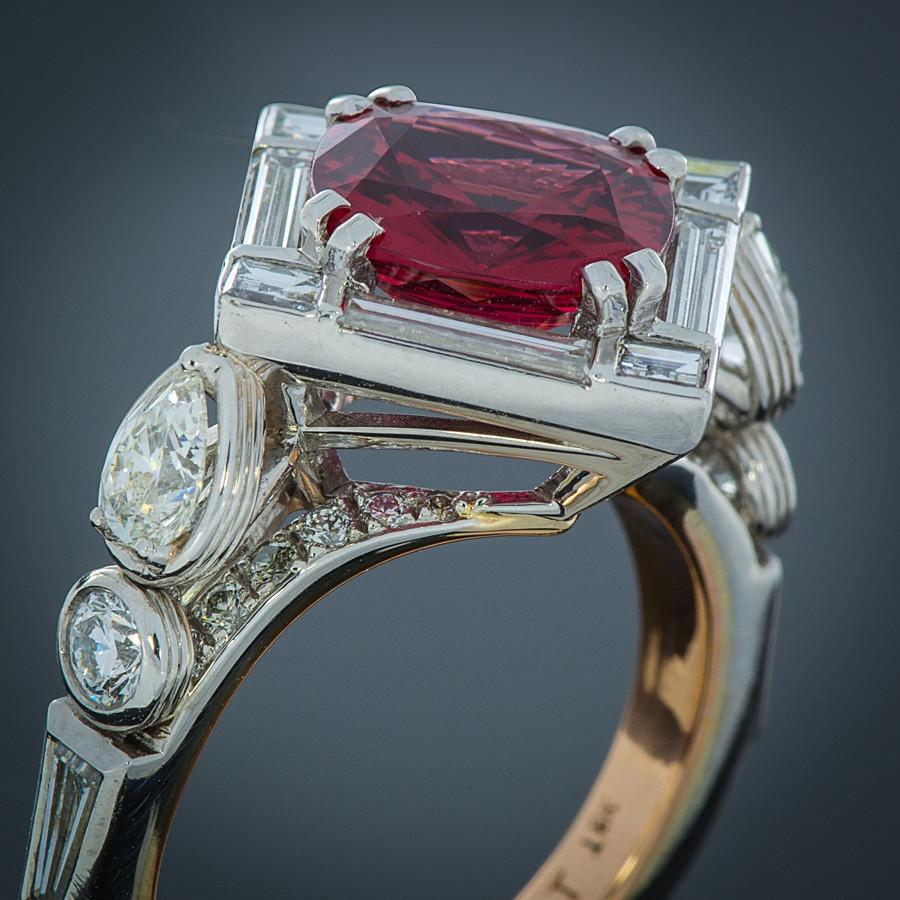Robert Pelliccia Red Spinel & Diamond Platinum Ring angle