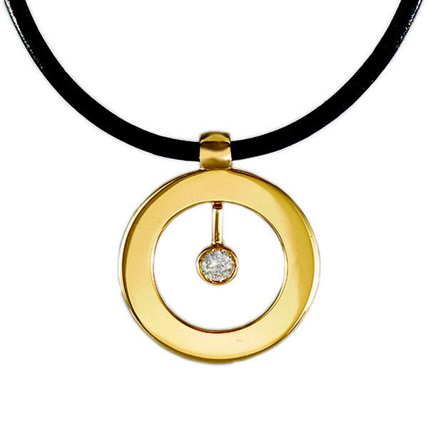 Roberto Coin Cento Large Circle Diamond Pendant
