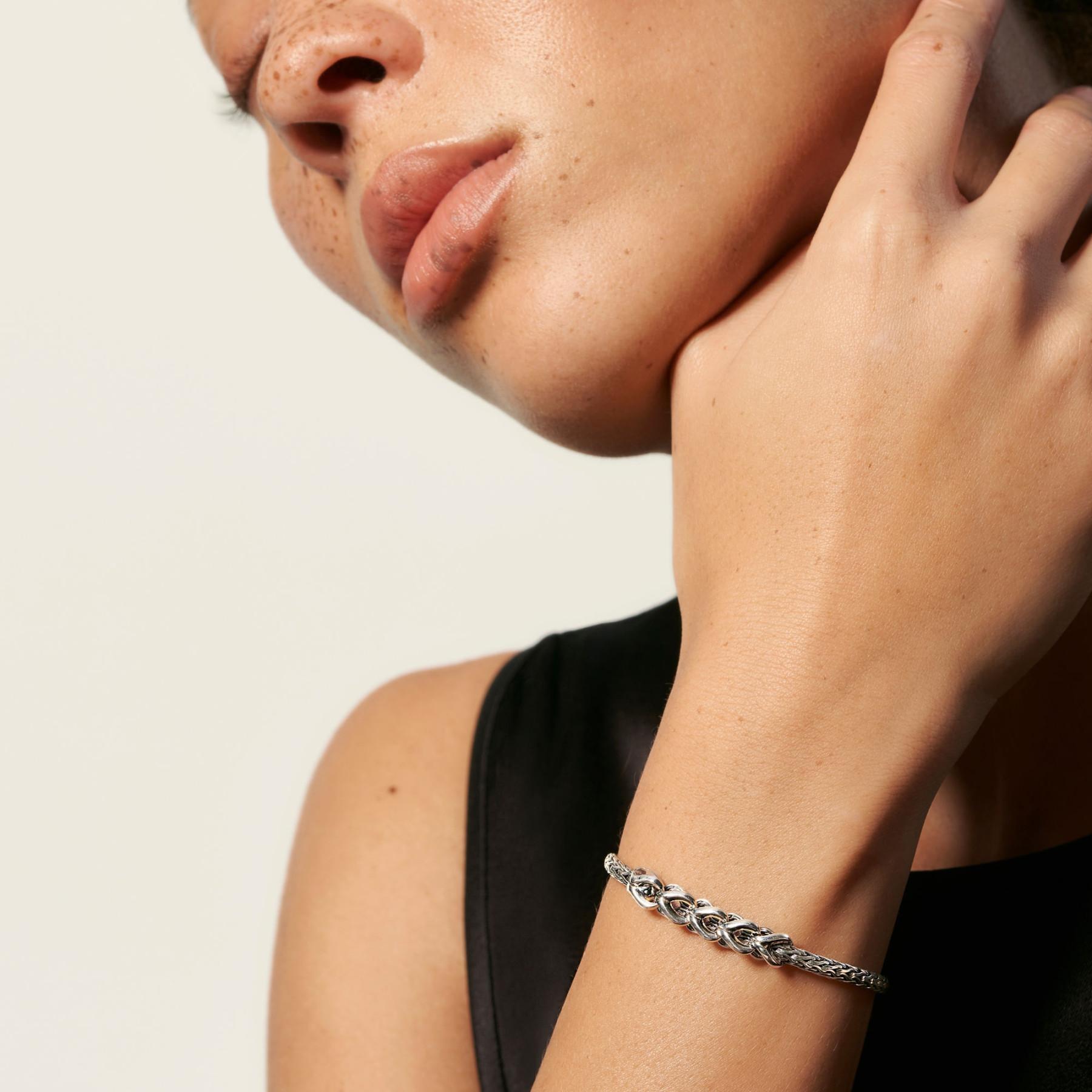 John Hardy Asli Classic Chain Slim Link Bracelet on model