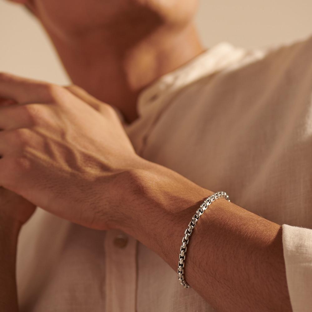 John Hardy Classic Chain Box Chain Bracelet in Black Rhodium on model