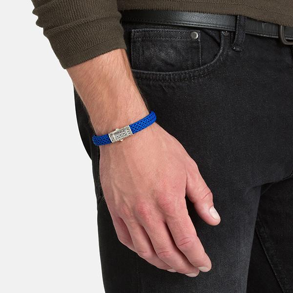 John Hardy Blue Rubber Silver Classic Chain Station Bracelet on Model