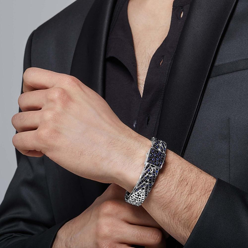 John Hardy Modern Chain Wide Small Blue & Black Sapphire Small Bracelet on Model