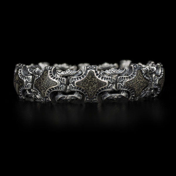William Henry Green Fossil Silver Link Bracelet Front View