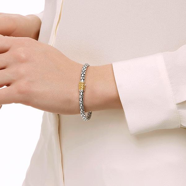 John Hardy Dot Gold & Silver Slim Bracelet on Model