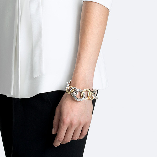 John Hardy Classic Chain Gold & Silver Hammered Bracelet on Model