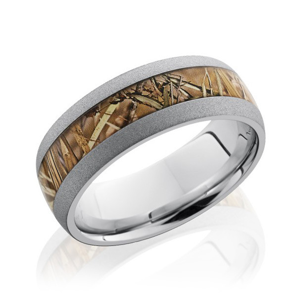 Lashbrook 8mm Domed King's Field Camo Band Ring