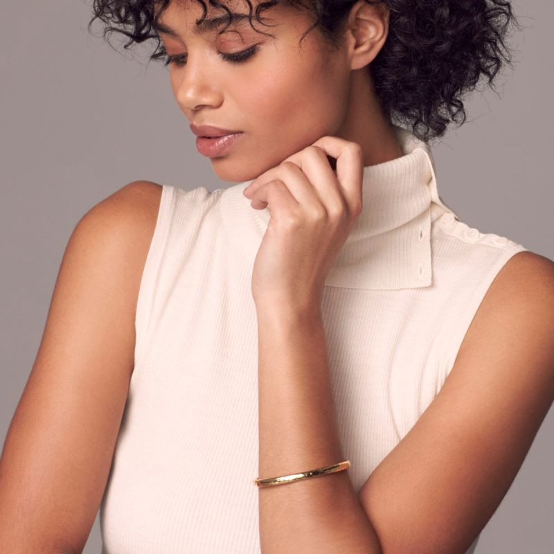 Ippolita Classico Hammered 18kt Yellow Gold Bangle on model
