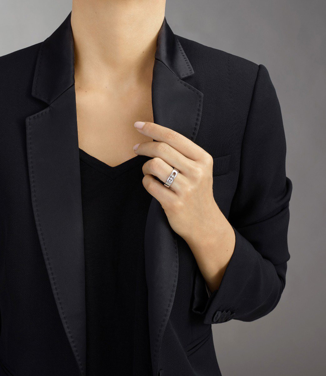 Messika Move Noa Diamond Cage Band Ring in 18K Gold on model