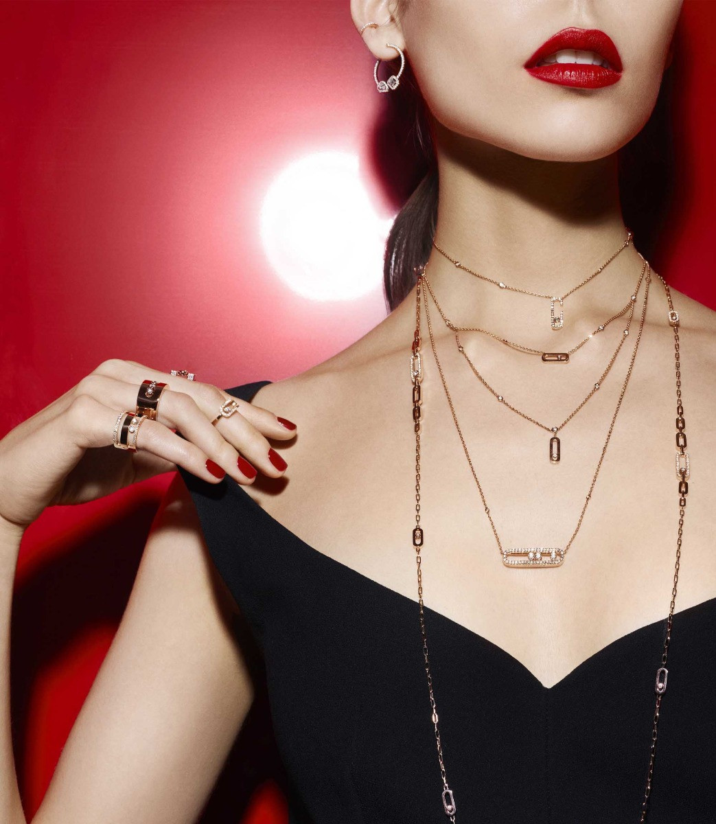 Messika Move Uno Diamond Station Necklace in 18K Gold on model