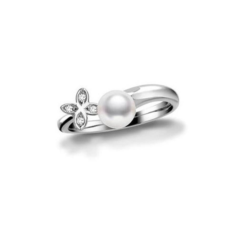 Mikimoto Akoya Pearl White Gold Clover Diamond Ring