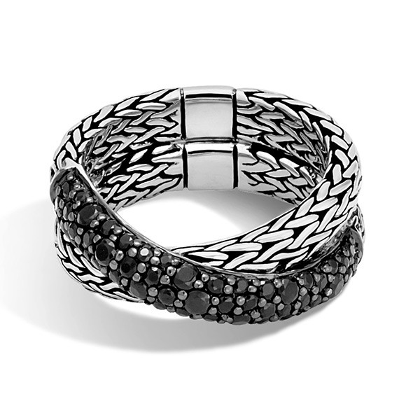 John Hardy Overlap Black Sapphire Classic Chain Ring Front View
