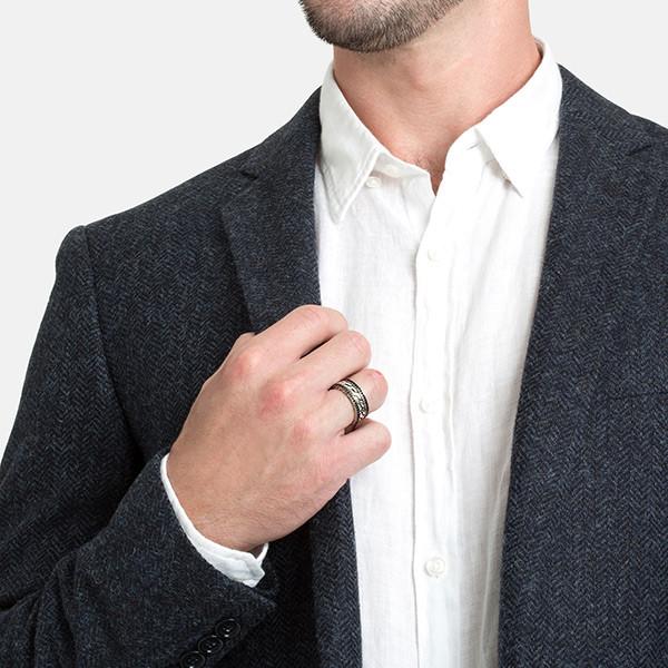 John Hardy Black Sapphire Band Classic Chain Ring On Model