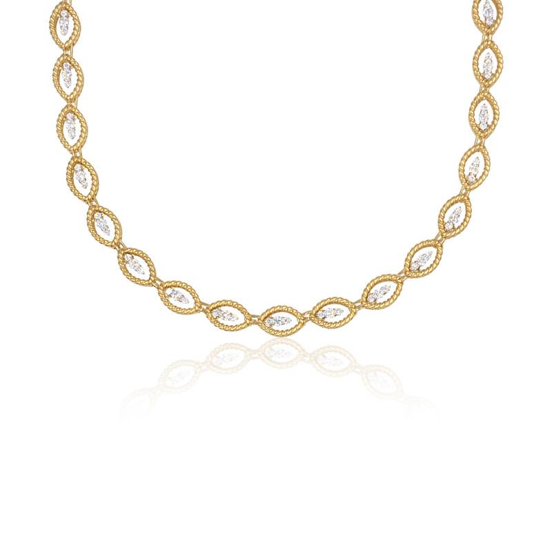 Roberto Coin New Barocco Diamond Link Necklace close up