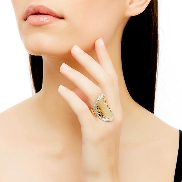 John Hardy Palu Gold & Diamond Ring on Model