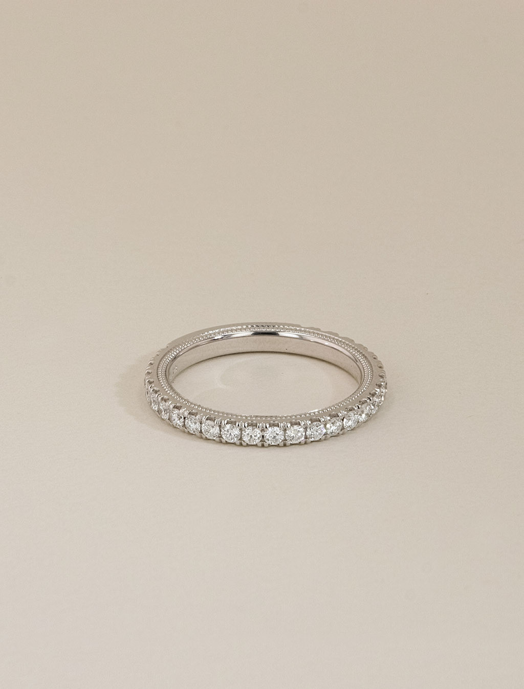 This is a picture of Verragio Tradition White Gold Diamond Wedding Band