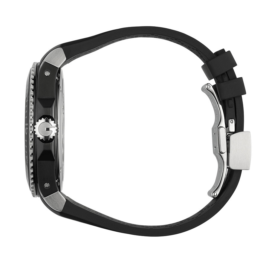 Gucci 45mm Matte Black Dial Dive Watch Side View