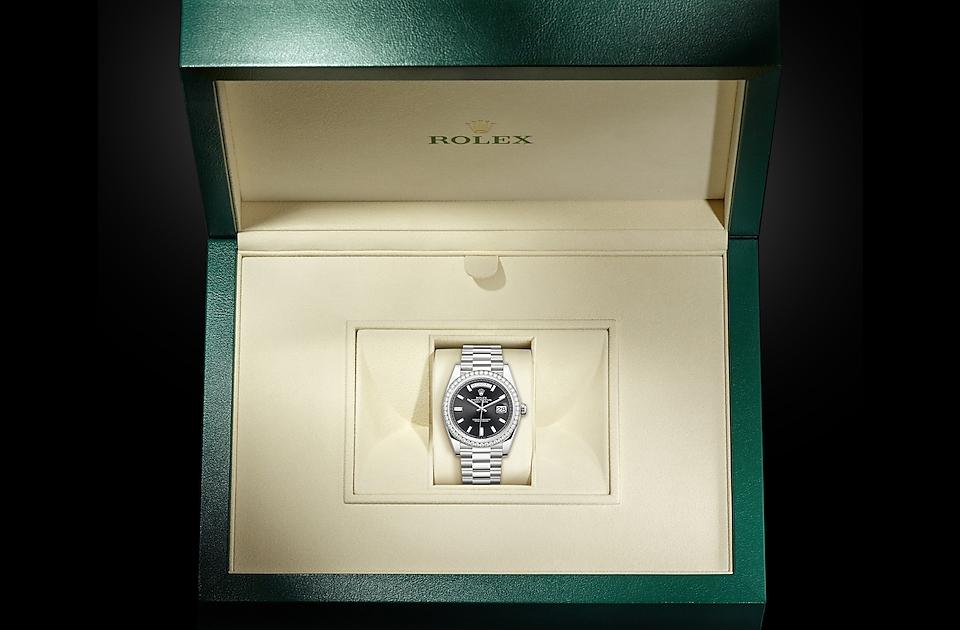 Rolex Day-Date 40 M228349RBR-0003 Box