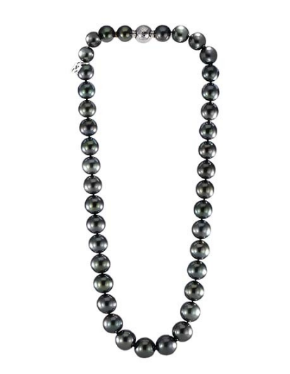 black pear necklace